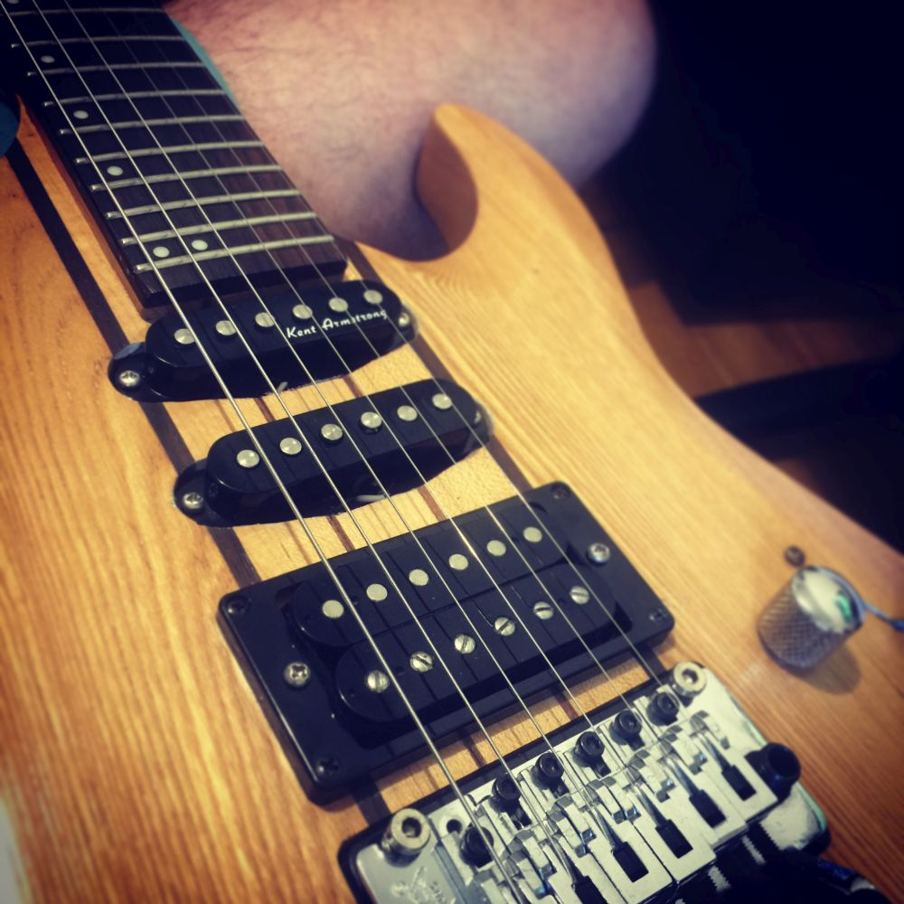 guitarra-marcelo-guernieri-pandora