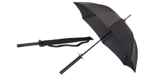 piada velhinho e guarda chuva